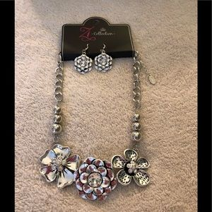 Paparazzi ZI Collection short silver necklace